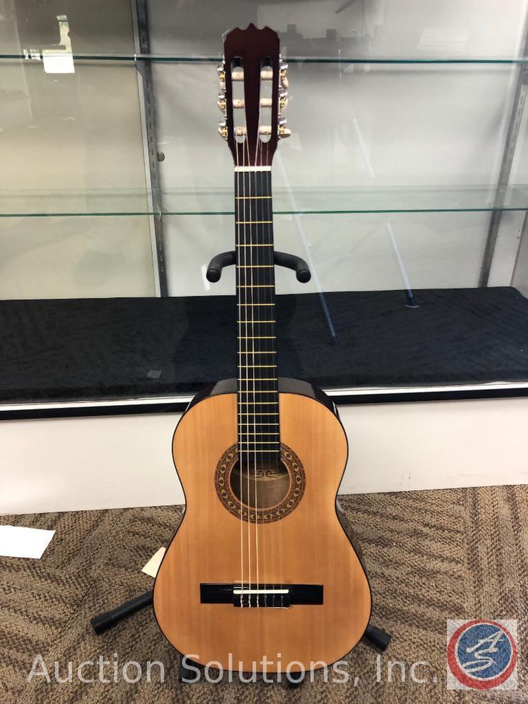 Sunlite GCN-600G 1/2 Size Student Guitar