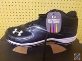 Under Armour UA Ignite Mid St CC 12 Baseball Shoes