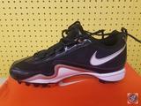Nike Slasher US 9.5 Baseball Shoes
