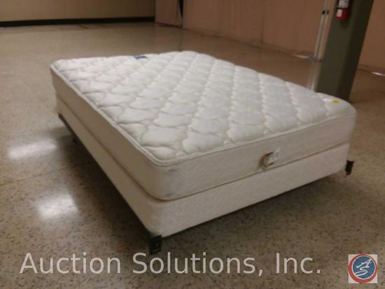 Hilton 'Suite Dreams' Queen Perfect Sleeper Bed Made by Serta - Featuring Fireblocker Fiber -