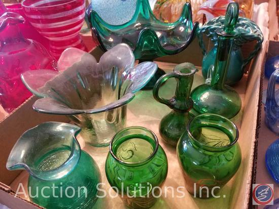 (8) Assorted Green Decorative Glass