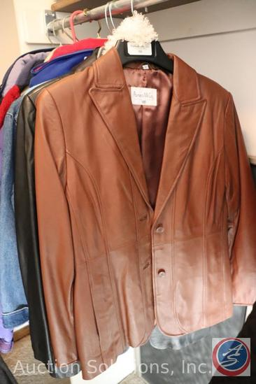 [10] Ladies Size XS - Lg. Jackets: Throwback Jackets 40M NY Giants Hoodie, Columbia, Lands End