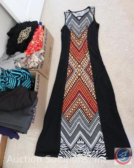 Ladies Resort Wear Size Small