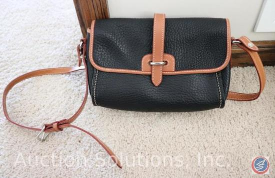 Dooney + Bourke Cross Body Purse {{NEW WITH TAGS}}