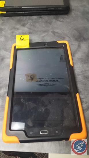 Samsung Galaxy Tab E Tablet Verizon Carrier with Heavy Duty Case