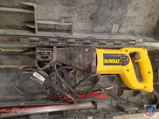 DeWalt DW303 Reciprocating Saw in Case