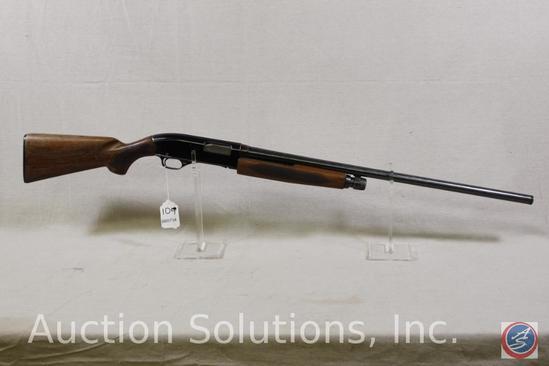 WINCHESTER Model 1200 12 GA Shotgun Pump Shotgun with Winchoke in Soft Case Ser # L884957