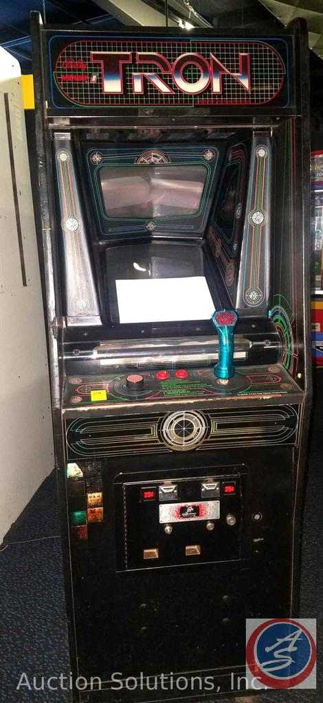 Tron Arcade Game {{MARKED DOES NOT WORK}} with Original Coin Mechanism {{SOME GAMES MAY STILL HAVE