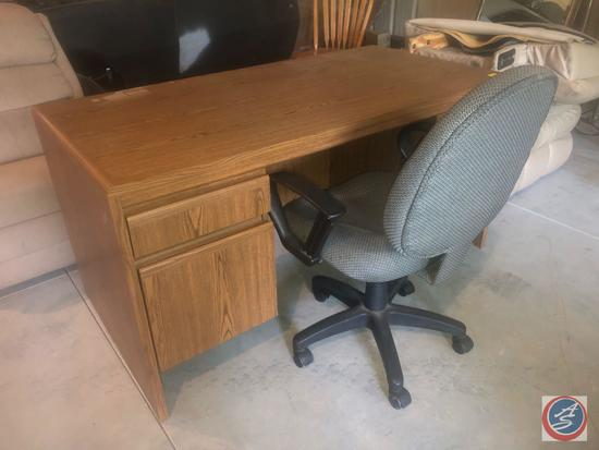 "Four Drawer Office Desk 59"" x 29 1/2"" x 29 1/2"", Tun yu Rolling Swiveling Office Chair"