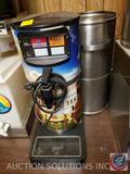 Curtis Streamliner Tea Dispenser {{NO LID}}, Electric Beverage Dispenser Model No. WB-RT-4N