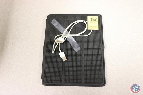 Apple iPad Model No. A1395 Serial No. DKVGP1J2DFHY {{CHARGING CORD INCLUDED}}