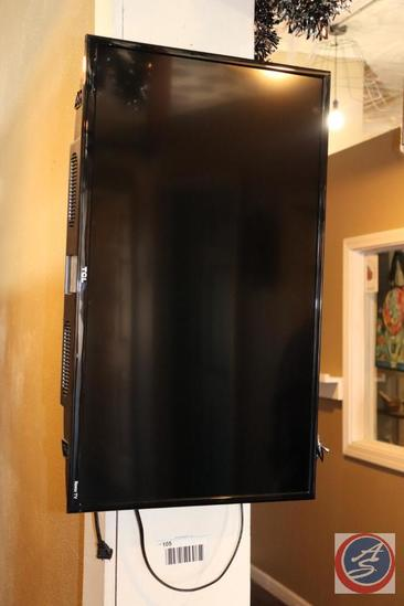 TCL 32S305 32'' HD Flat Screen TV w/ Wall Mount Bracket