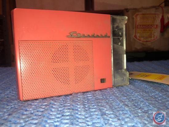 Vintage Standard 7 Transistor Radio Model No. SR-G2408