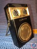 Zenith Royal 500 Long Distance Tubeless All Transistor Radio