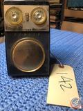 Vintage Zenith Royal 500 Eight Transistor Radio
