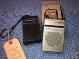 Panasonic Pocket Transistor Model No. R1070, Vintage 1970s 39 Pocket Transistor in Original Box