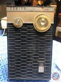 Vintage 1962 Zenith Royal 265 Transistor Radio