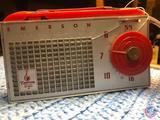 Vintage 1954 Emerson 707 Portable Tube Radio
