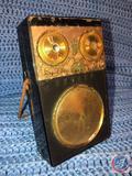 Vintage Zenith Royal 500 8 Transistor Radio