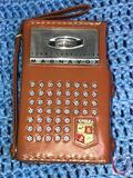 Vintage Magnavox 8 Transistor Radio Model No. AM-80 in Brown Leather Case