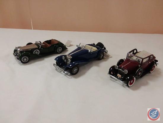 (3) Franklin Mint 1:24 Scale Replica Die-Cast Model Cars: 1938 Alvis 4.3 Litre; 1935 Mercedes-Benz