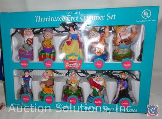 Snow White and the Seven Dwarfs EZ Light 10-Piece Illuminated Tree Trimmer Set