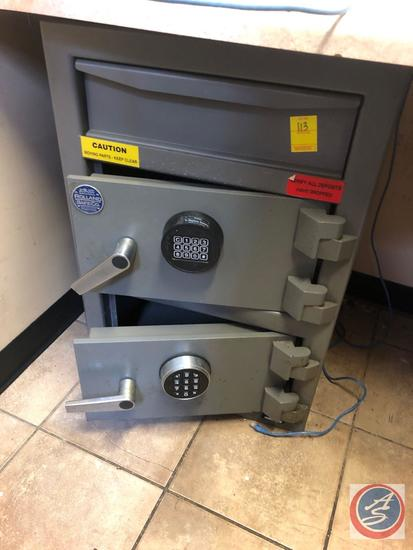 Roland Safe Co. Floor Safe [[COMBINATION INCLUDED]]