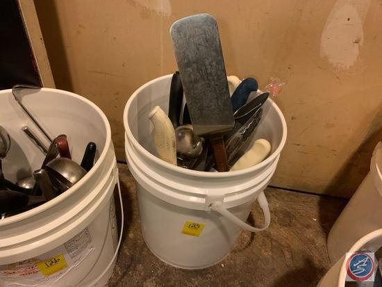 Grill Spatula, Ladles, Knives and More in 5 Gallon Bucket