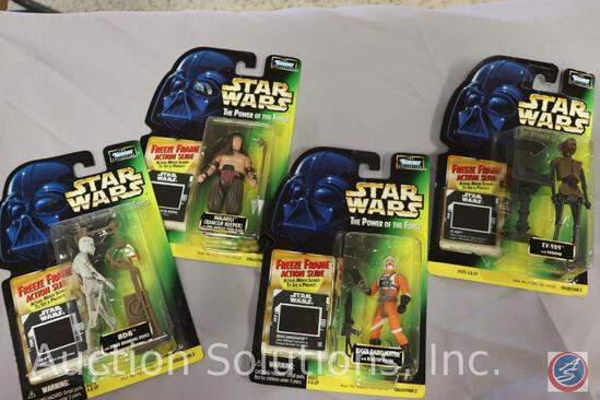 (4) Power of the Force Action Figures on Cards: 8D8 - Malakili - 9D9 - Biggs Darklighter - All