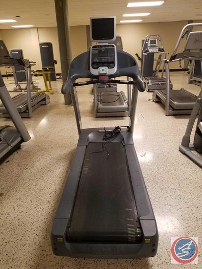 PRECOR C954i Heavy Duty Treadmill w/ 15'' LCD Cardio Display Monitor