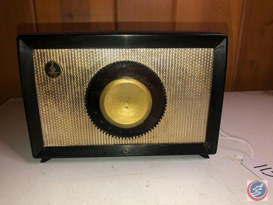 Vintage 1950's Emerson Portable Tube Radio Model No. 560384-W