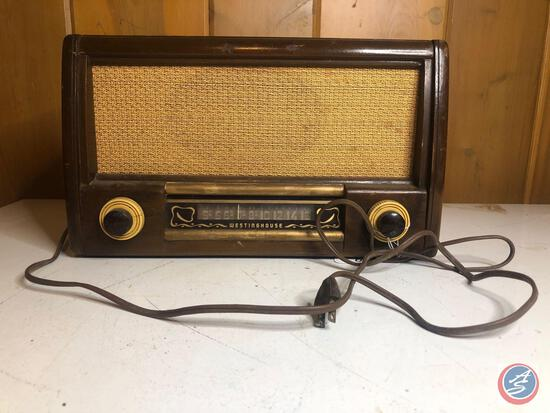 vintage Westinghouse Tube Radio Model No. 157