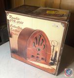 Vintage Randix Collector's Edition Radio Model No. 07R-2001