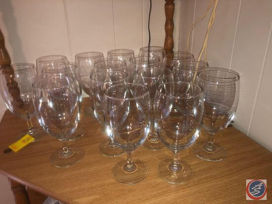 (16) Wine Glasses