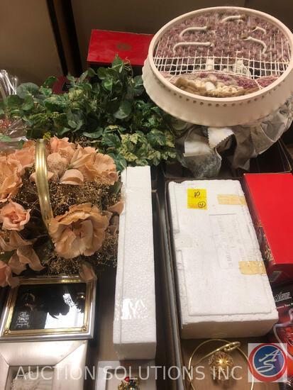"Park Avenue 7 1/2"" Christmas Tree Plate, Mikasa Golden Star 8"" Angel Covered Box, (3) Homco Angel"