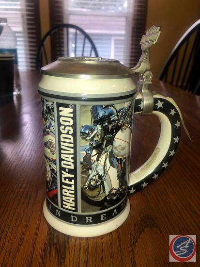 1998 Annual Edition Harley Davidson Collector Stein Titled The American Dream No. 13646 Marked Made