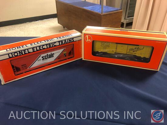 {{2X$BID}} 1987 Lionel Sclair Hopper No 6-17107 and 1996 Lionel 6565 Boxcar Frisco No. 6-29266