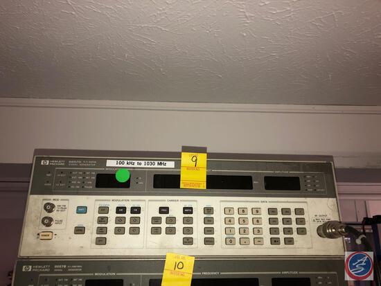 Hewlett Packard 8567D Signal Generator