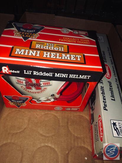 NE (1994 ? 1995) NAT. Championship mini helmet, NE limited edition Peterbuilt 379, Conventional Semi