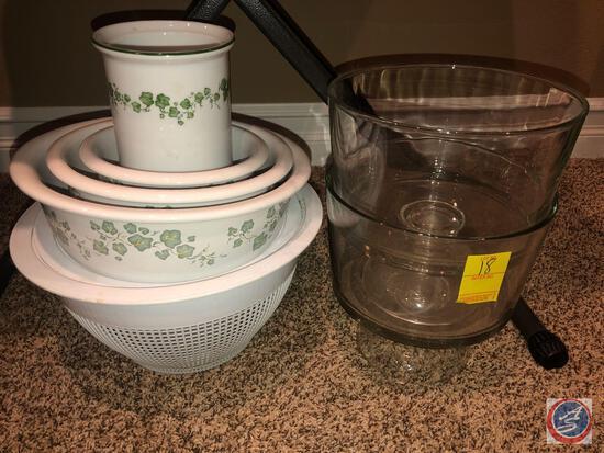 Corelle Coordinates Stoneware 4 Piece Bowl Set, (2) Pedidistal Dessert Serving Dishes, Strainer