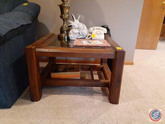 "30"" X 30"" X 19"" Side Table with Glass Top"