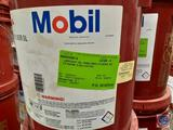 Mobil 600 W Cylinder Oil (4)