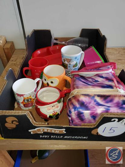 Flat of coffee mugs, plastic dish ware lunch bag, owl mugs