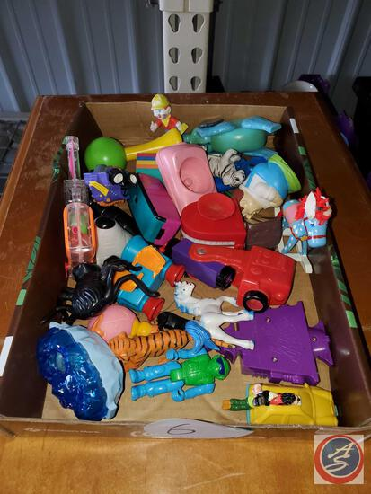 Small flat of toys