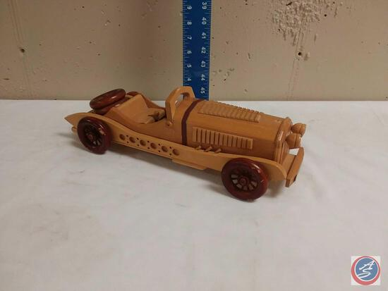 Wooden Classic Car L'Homme Collection