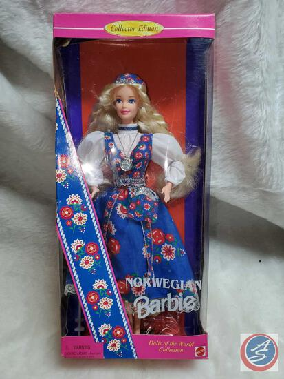 Norwegian Barbie 1995 new in box some significant shelf ware