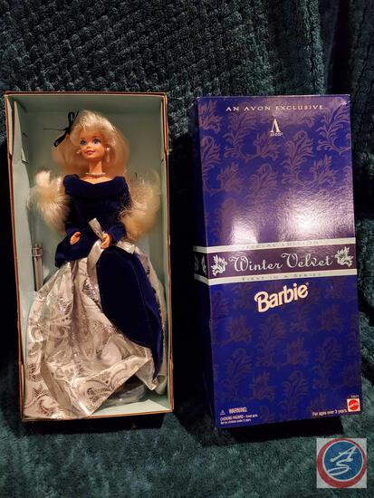 1995 Winter Velvet Barbie first in a series New In Box