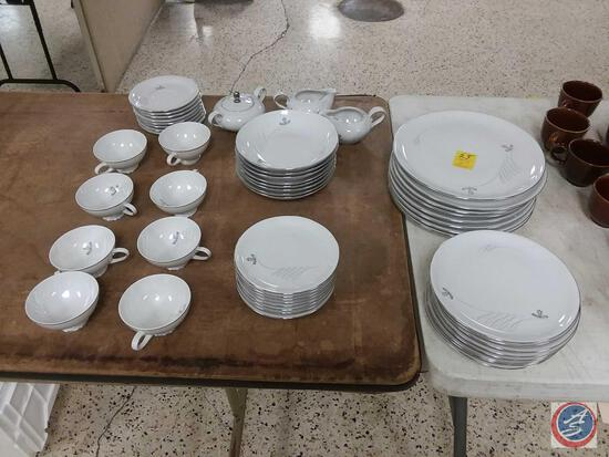 Crown Royal Fine China Bavaria Germany Lido Place Setting for 8 Marked A1091 91