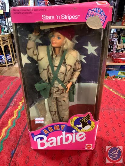 Army Barbie stars and stripes with rough box