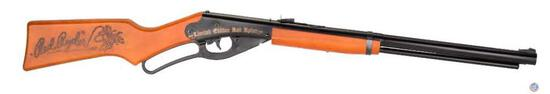 Red Ryder Team Freedom BB Gun Just like the one you grew up with, this Friends of NRA Red Ryder